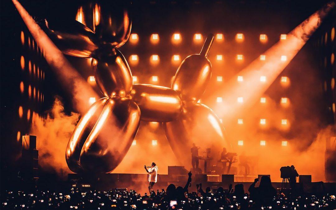 """Jeff Koons Balloons,"